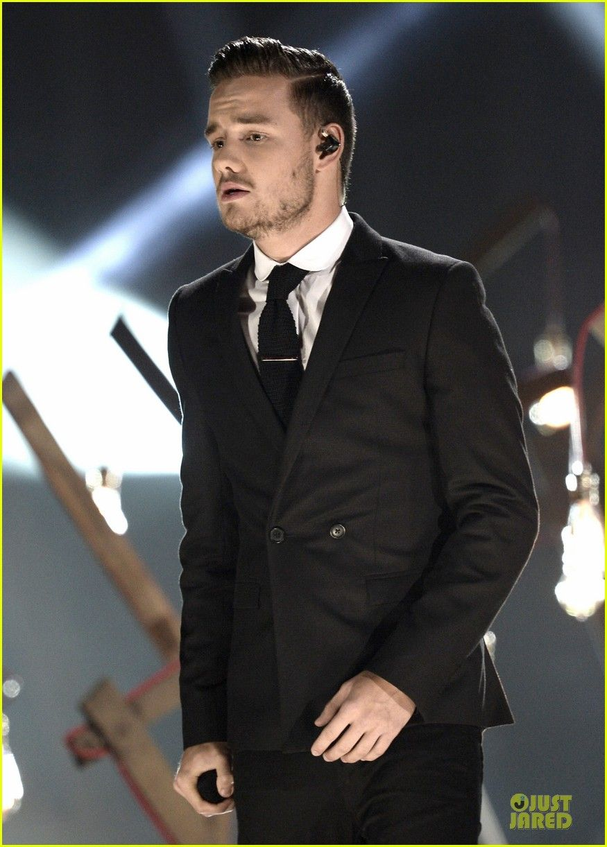 He looks so much like Justin Timberlake!