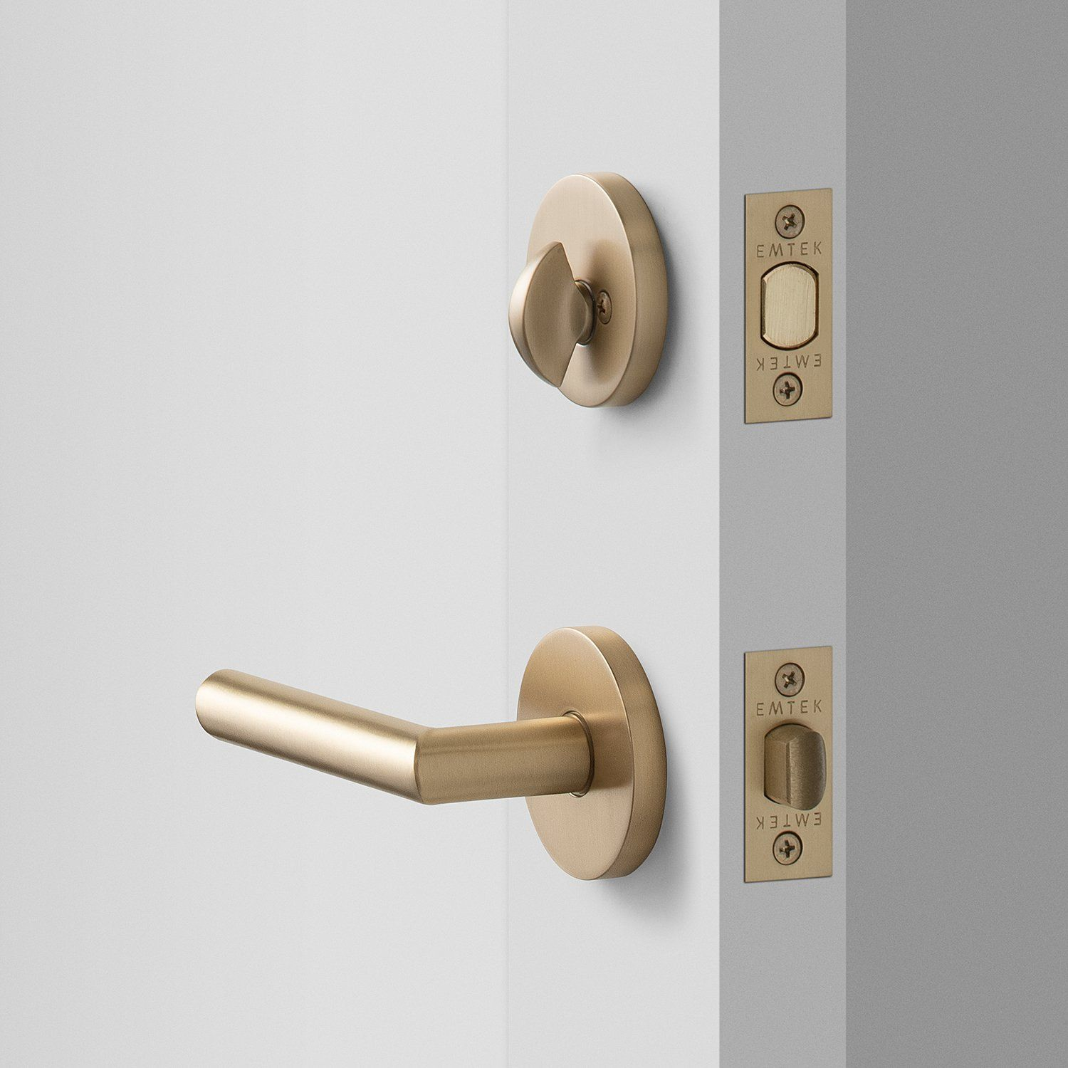 York Door Set With Otto Lever Deadbolt Satin Brass In 2020 Brass Door Handles Door Handles Modern Door Sets