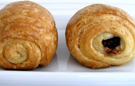 my most favorite thing ever. chocolate croissants.