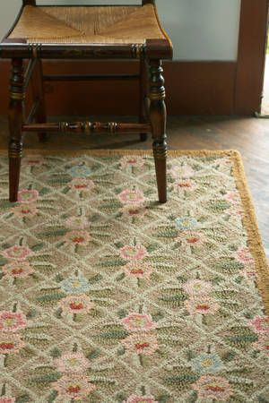 Vintage style hooked rugs for your 1930s or 1940s home 1930s