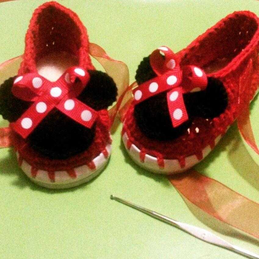 Zapatitos minnie mouse para niña tejidos a crochet   crochet ...