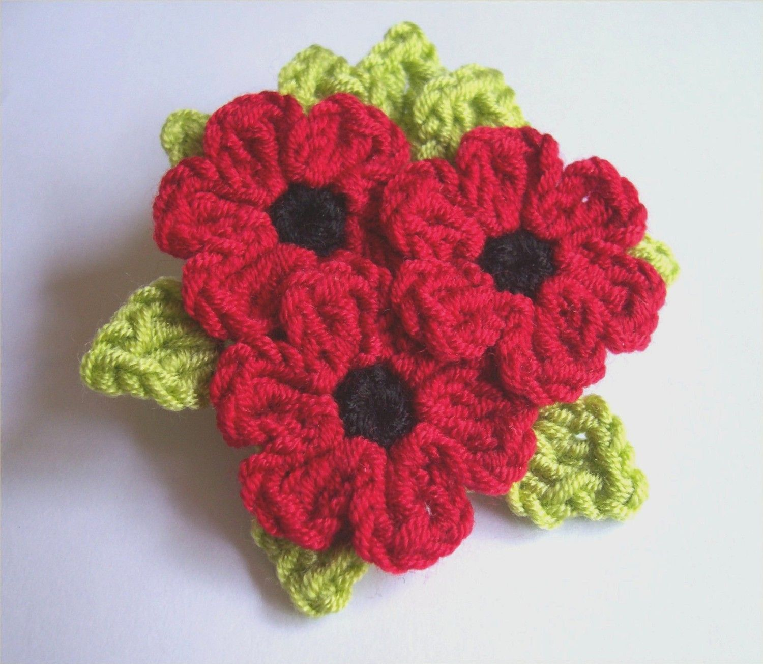 Red Poppy flowers with green leaves bouquet crochet brooch ...