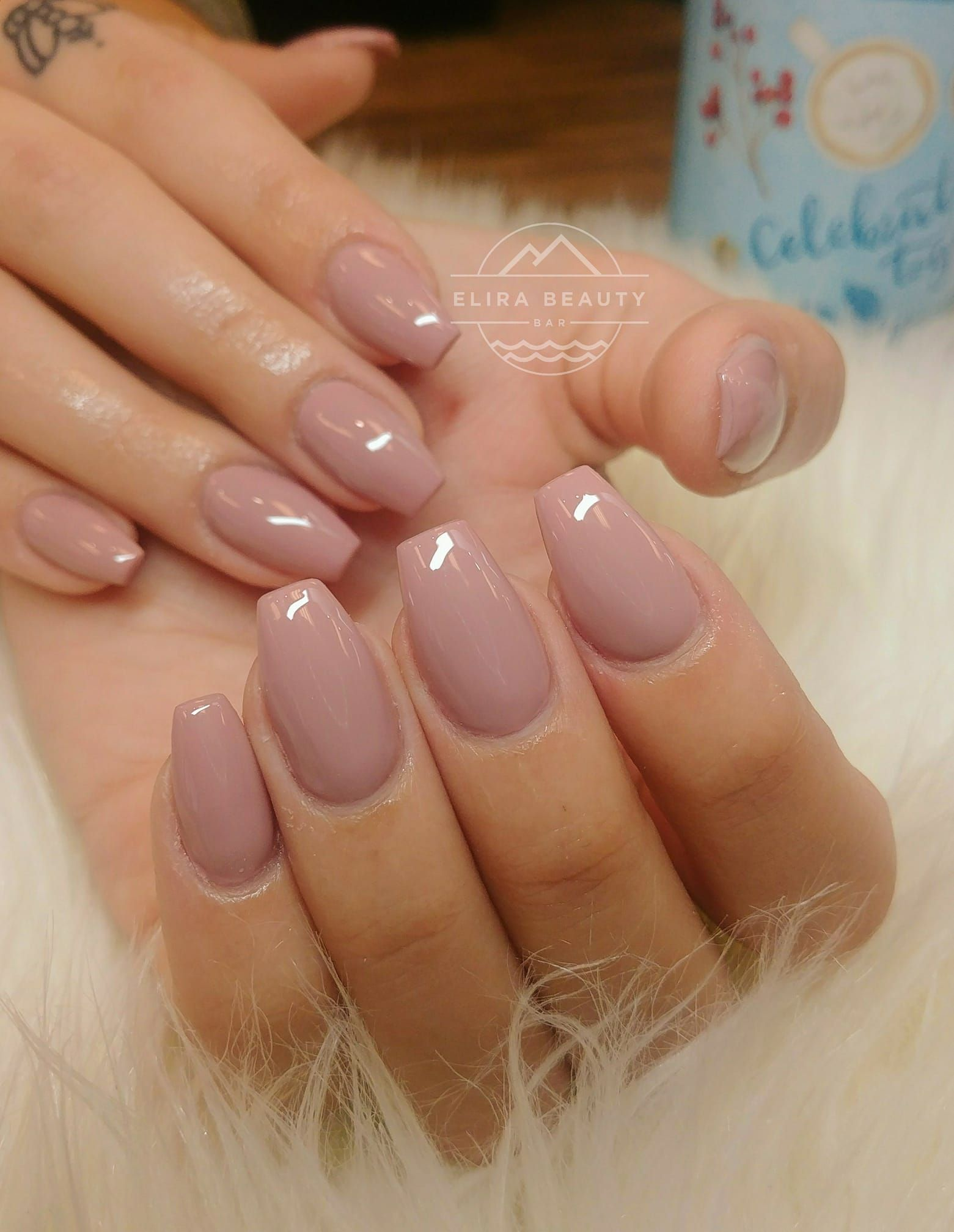 Rose Beige Nails