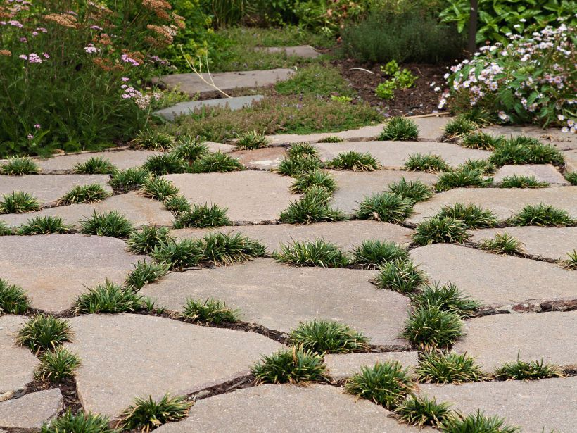 Eco outdoor porphyry crazy paving used as loose steppers for Courtyard stone landscape