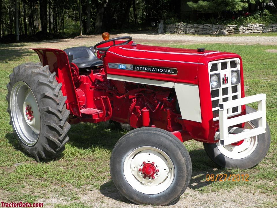 international harvester 354 tractors made in great. Black Bedroom Furniture Sets. Home Design Ideas