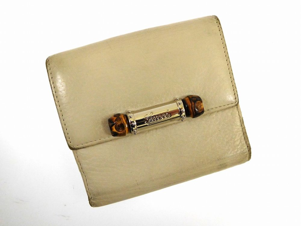 Authentic gucci bamboo bifold wallet beige x10815