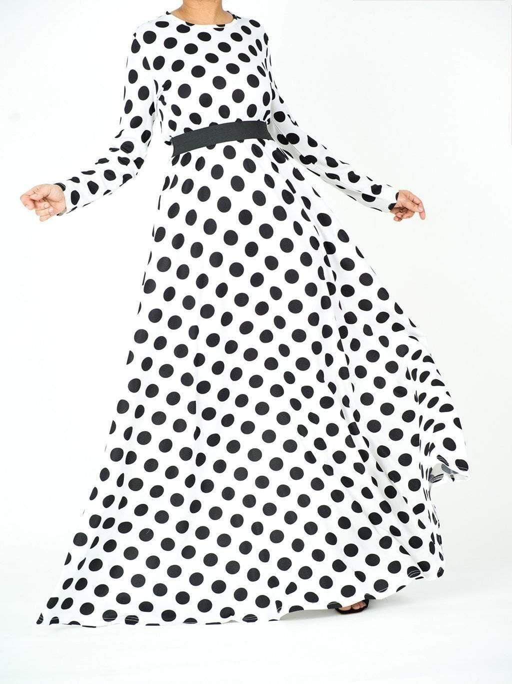 Long Sleeve Polka Dots Maxi Dress In 2021 Polka Dot Maxi Dresses Modest Maxi Dress White And Black Polka Dot Dress [ 1366 x 1024 Pixel ]