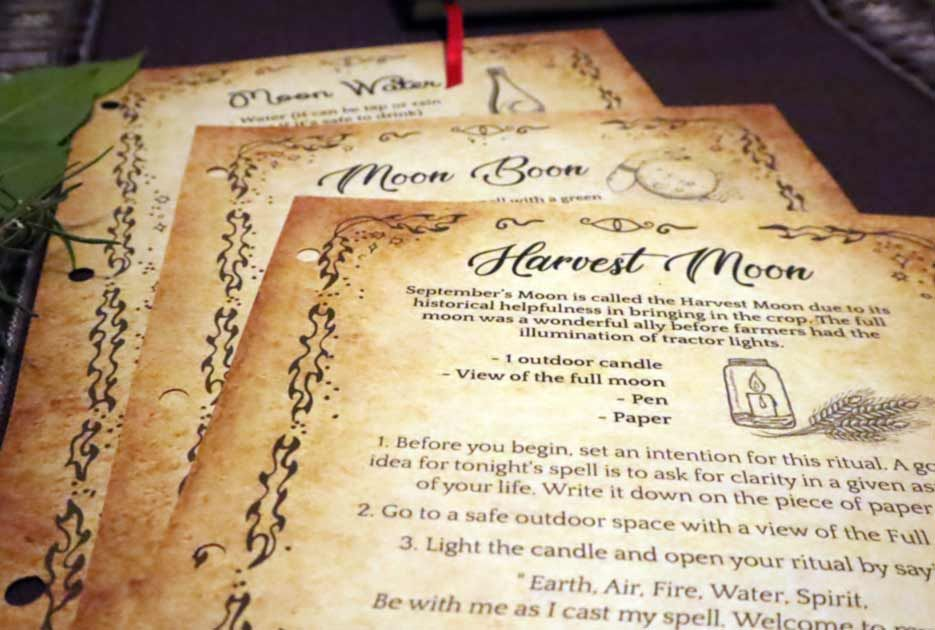 Lunar Witch Guide Grimoire Magic Spells And Pdf Book Spells8 In 2021 Lunar Witch Grimoire Easy Love Spells