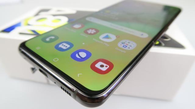 Samsung Galaxy A80: Hardware maxim pe zona midrange