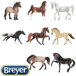 Breyer American quater horse /& foal-Stablemates 1:32