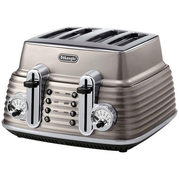 DeLonghi Scultura Toaster Champagne