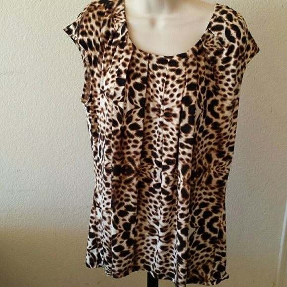 Sleeveless Blouse Brand New, never worn Worthington Tops