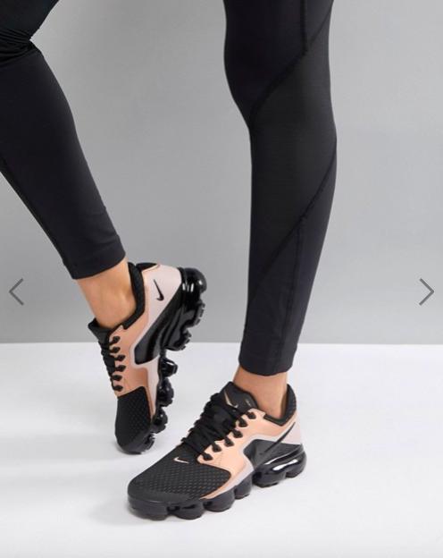 scarpe nike nere stivaletto