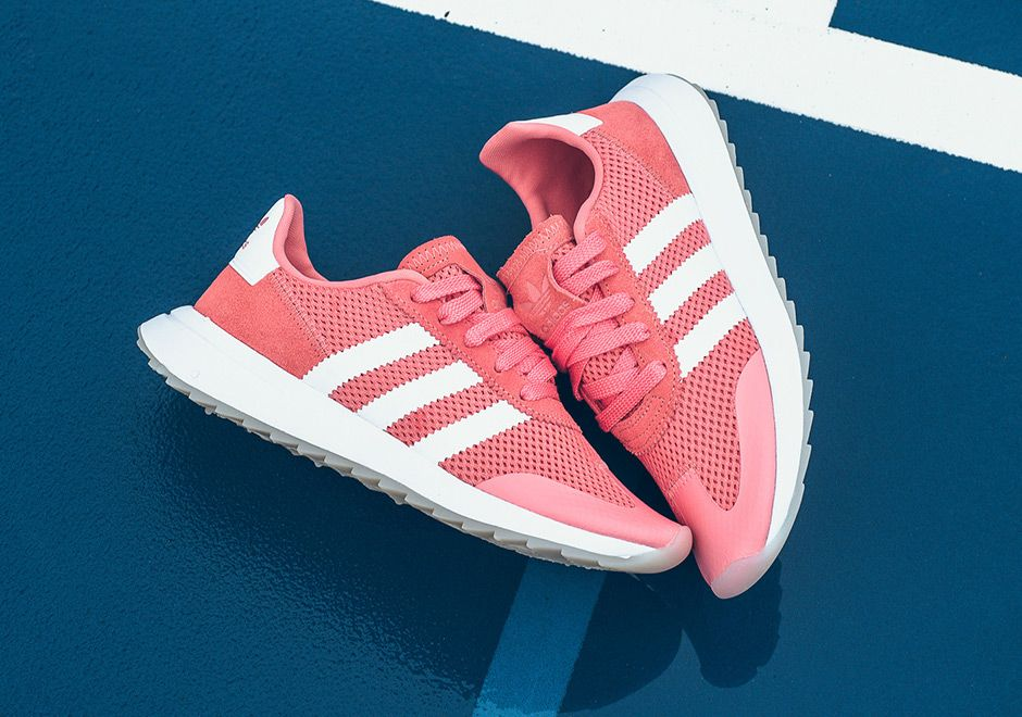 adidas Flashback Rose Pink BY9307 | What's Crackin ?? | Blue