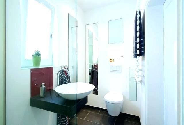 Badezimmer Dusche Ideen Badezimmerduscheideen Badezimmerfliesenideendusche Badezimmerideen In 2020 Guest Bathroom Design Bathroom Design Small Small Bathroom Tiles
