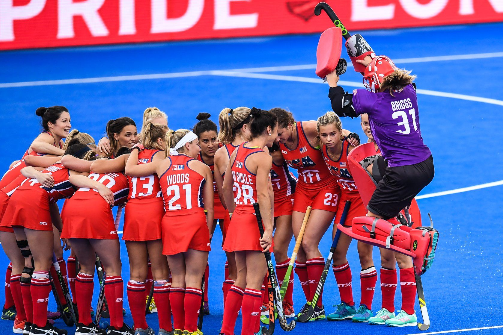Usa Field Hockey Team Wearing Hocsocx At The 2018 Women S Hockey World Cup Field Hockey Women S Hockey Hockey