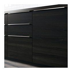IKEA - TINGSRYD, Kmptk ovi 2 kpl, , Musta puukuvioitu TINGSRYD-ovi on tyyliltään pelkistetyn moderni, mutta selkeästi erottuva syykuvio tasapainottaa oven ilmettä ja tuo keittiöön lämpöä ja kodikkuutta.Helppohoitoinen melamiinipinta on erittäin kulutuksenkestävä eikä se tahriinnu tai naarmuunnu. Lisäksi se sietää kosteutta ja iskuja.25 vuoden takuu. Lisätietoja ja takuuehdot takuuvihkosessa.Ovet voidaan asentaa oikea- tai vasenkätisiksi, mikä mahdollistaa erilaisten kulmaratkaisujen…
