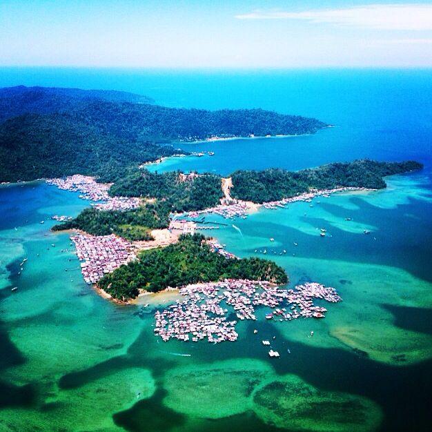 Borneo Island: Beautiful Borneo. Gaya Island