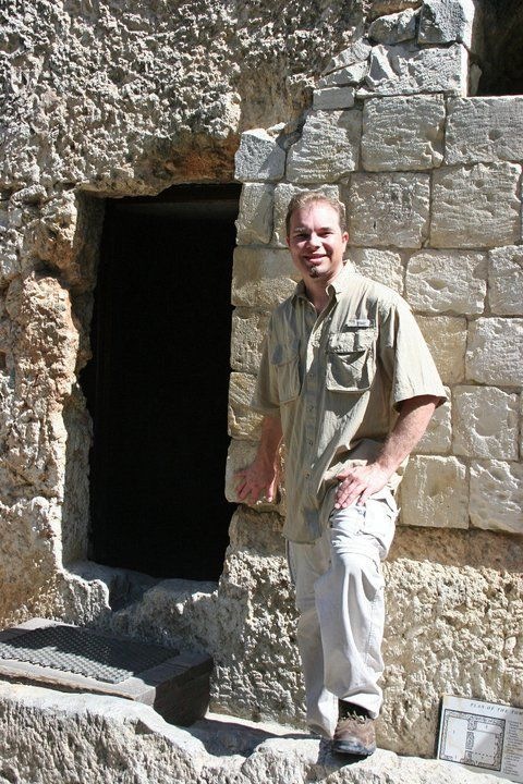 Iv'e been to the tomb; He's not there! He is risen!