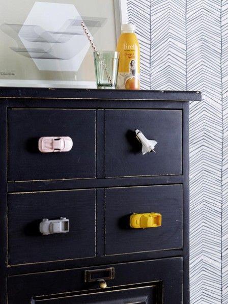 coole diy idee kommode mit spielzeug verzieren pinterest spielzeug tr ume und anleitungen. Black Bedroom Furniture Sets. Home Design Ideas