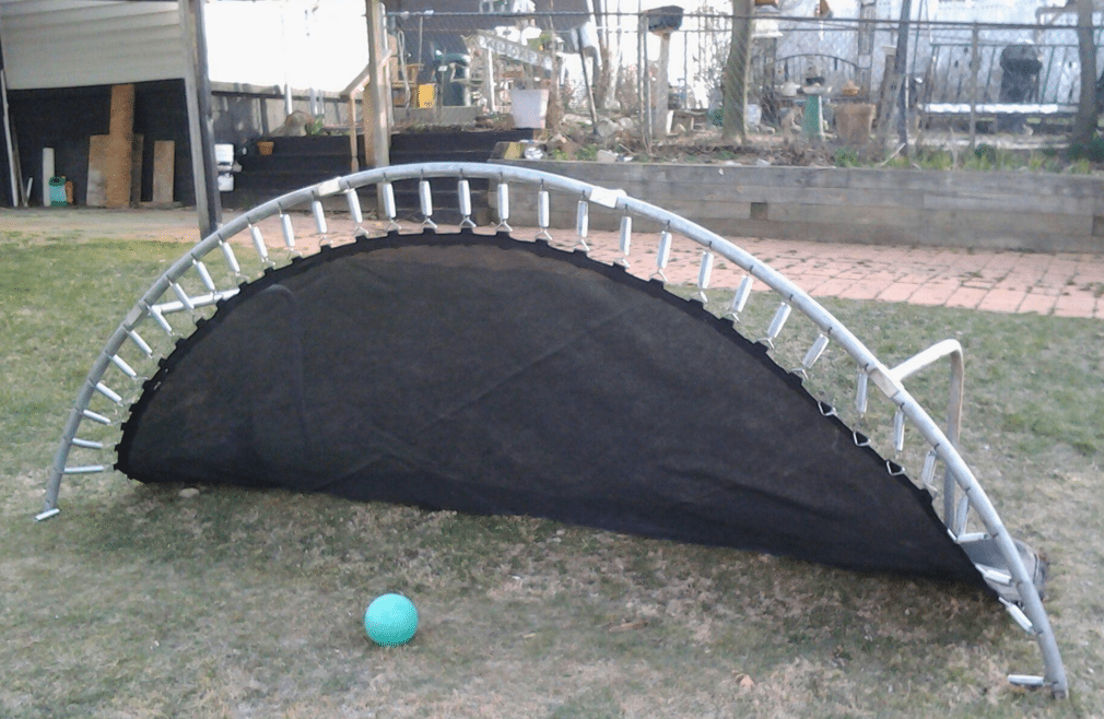 A bunch of uses for old trampolines #outdoorideaspool ...