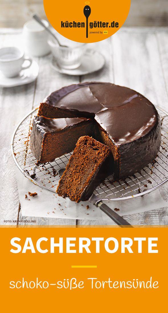 SACHERTORTE - Ganz streng genommen ist unsere Sachertorte eigentlich ja ein Kuchen, aber jeder, der ihre Wiener Tradition schätzt, darf sie Torte nennen und selbst nachbacken. Ein wahrhaft kaiserliches Rezept!