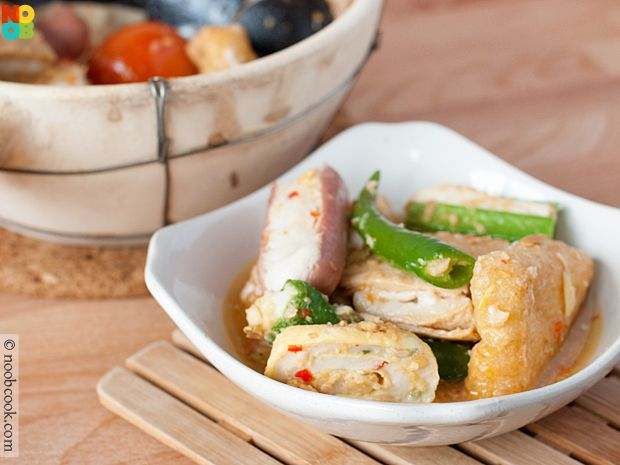 My mums easy recipe for claypot yong tau fooniang dou fu foods my mums easy recipe for claypot yong tau fooniang dou fu foods stuffed forumfinder Gallery
