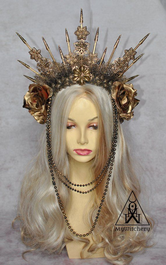 Photo of Two-sided golden goth crown – Carnival gothic spiked headpiece with roses Golden…