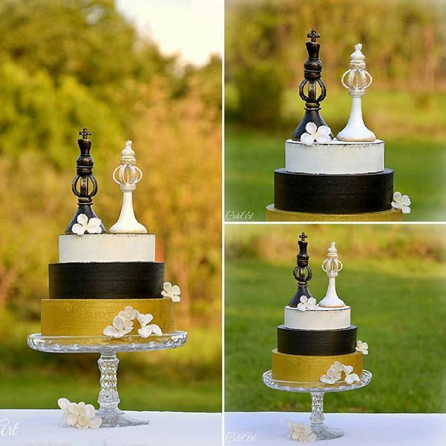 Chess wedding cake toppers...The king & the queen... #chess ...
