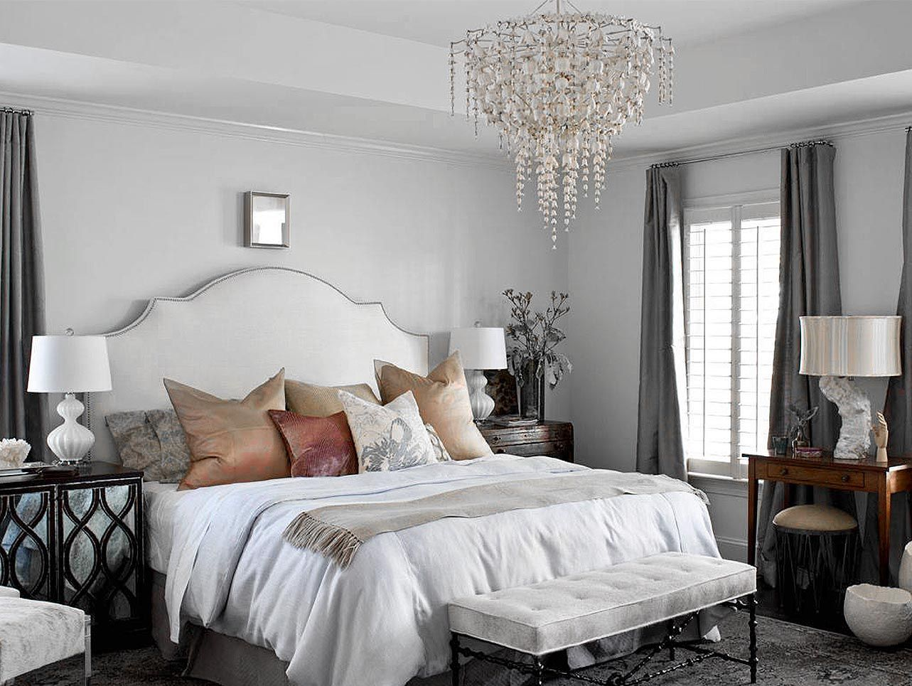 Beautiful Traditional Style Grey Bedroom Decor With Luxury