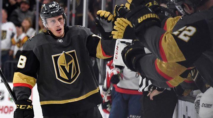 Rt Smithsportsco Rt Sinow Nate Schmidt Scored Twice In The Final Two Minutes To Lift The Vegas Golde Vegas Golden Knights Sports Photos Washington Capitals