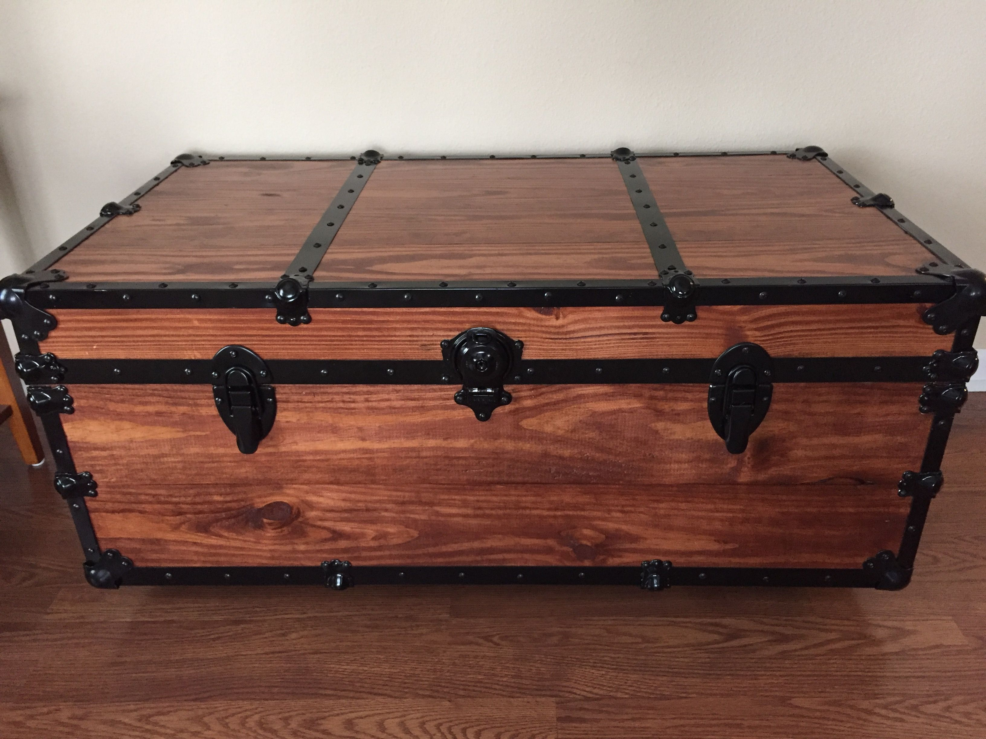 Coffee table storage trunk Solid Southern Yellow Pine built by