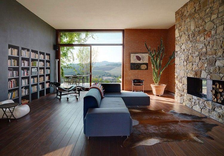 wohnzimmer-ideen-dunkler-holzboden-bruchsteine-kaminofen | Ideen ...
