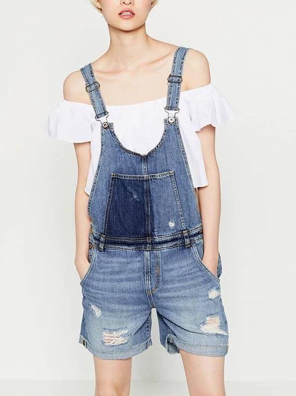 f1fe516ec Jardineira Feminina Jeans Curta - Compre Online   DMS Boutique ...