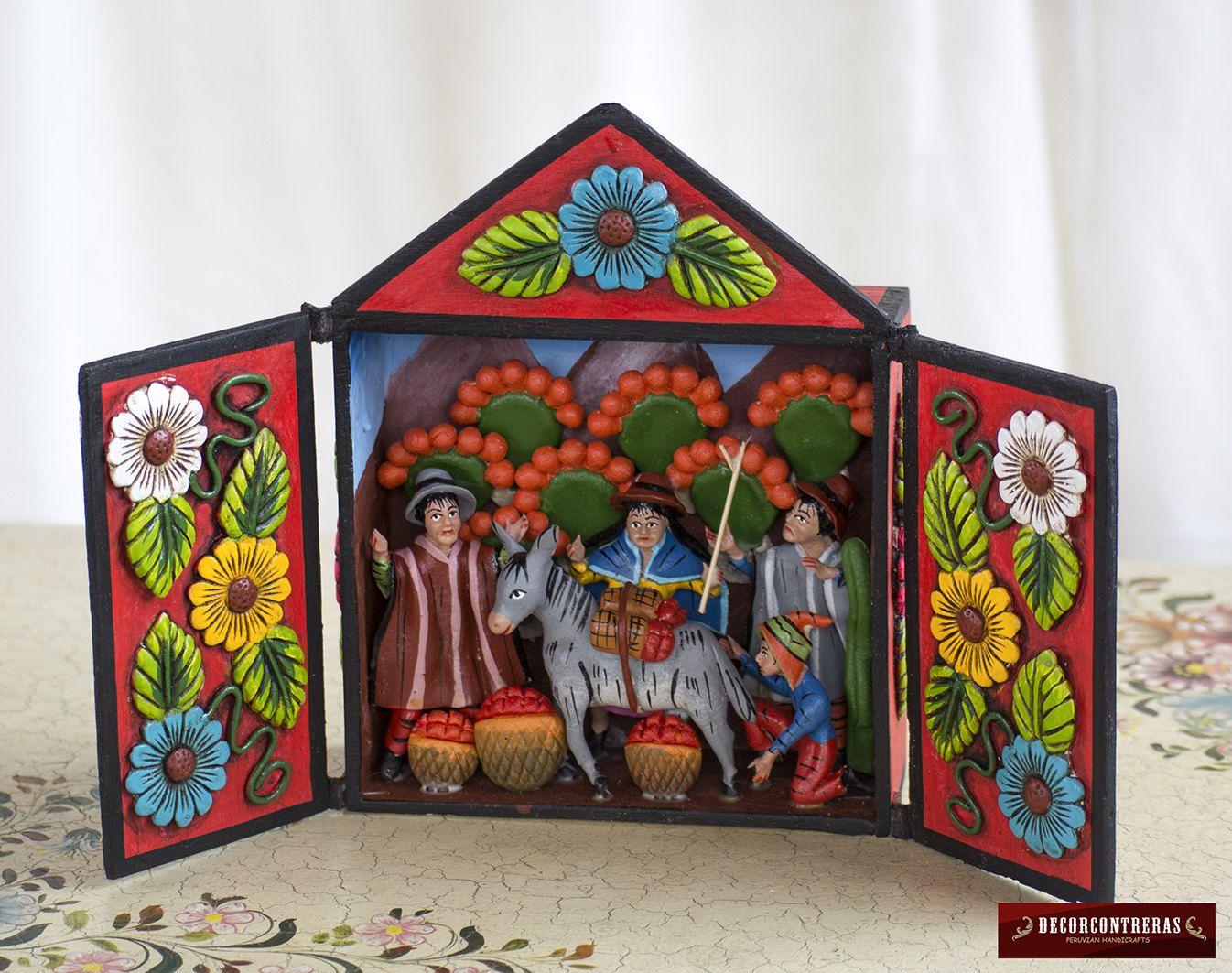 Retablo hecho a mano de madera y ceramica pintada for Decoracion en madera para el hogar