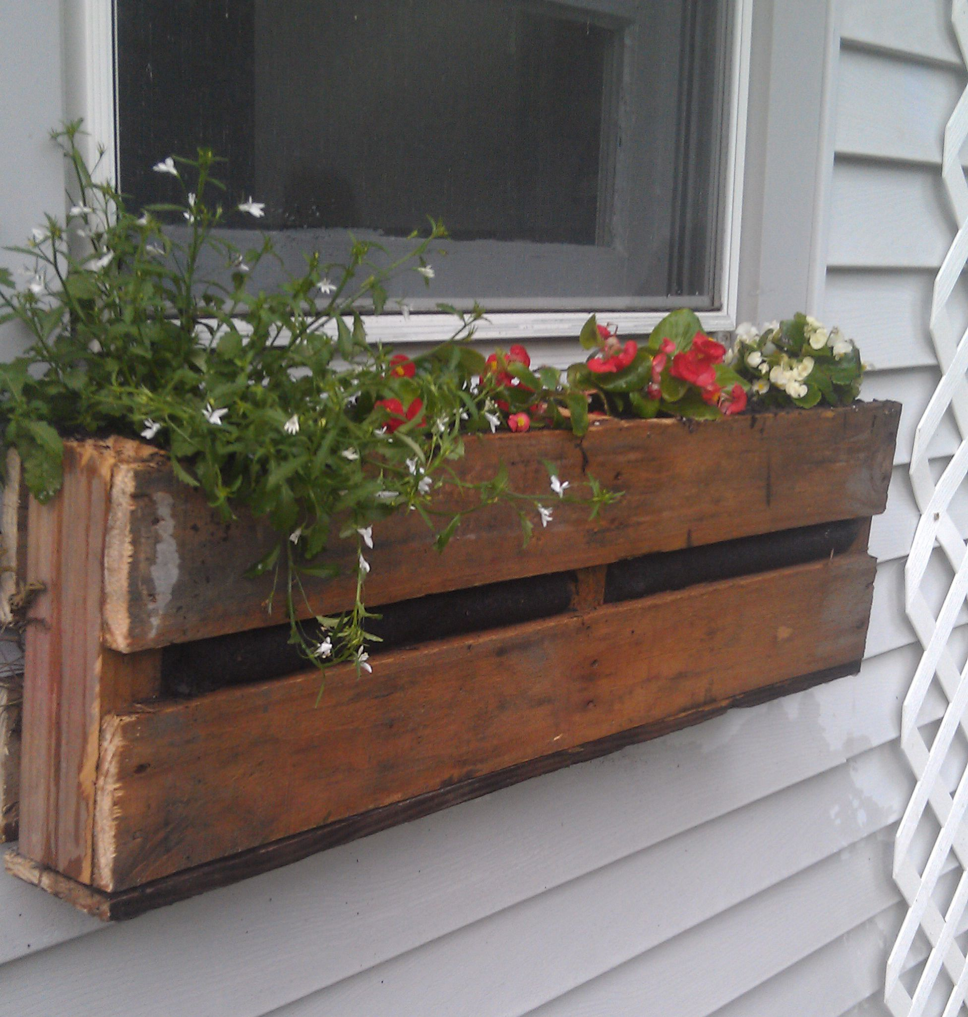 Pallet Planter Window Boxes Diy Window Box Flowers Wooden