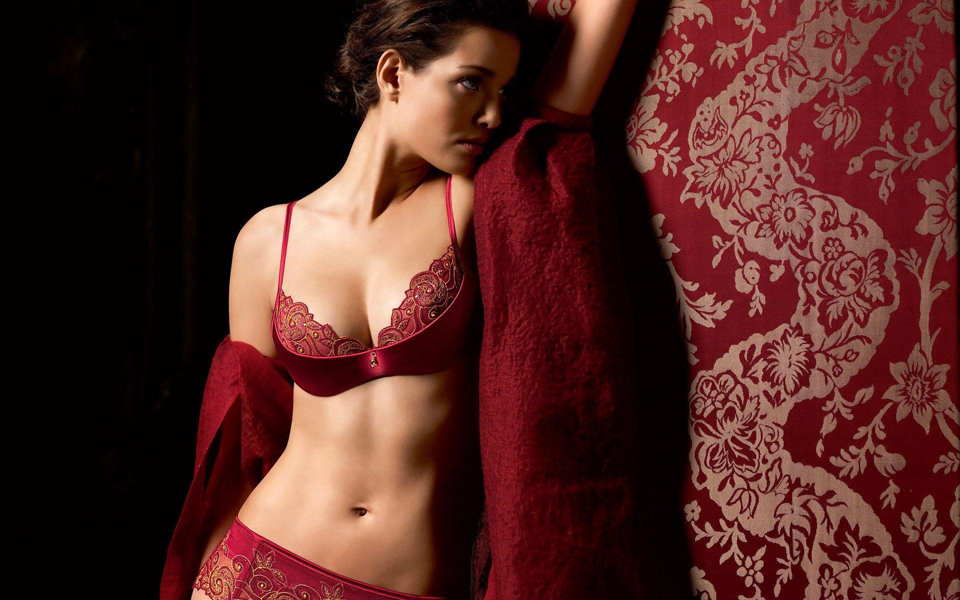 lingerie wallpaper