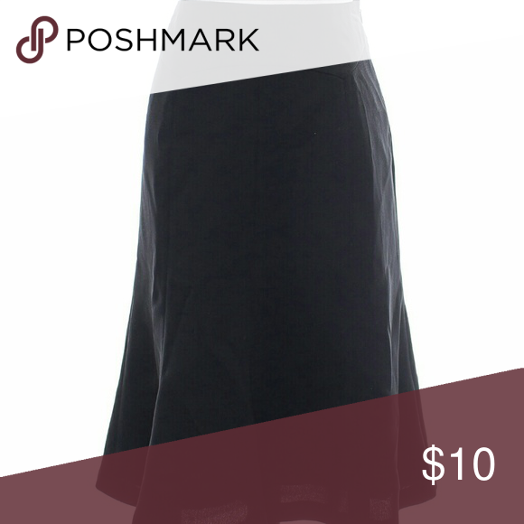 Joneswear Essentials A Line Skirt Has a side zip enclosure. Great staple for work, very flattering. 100% polyester Joneswear Skirts A-Line or Full