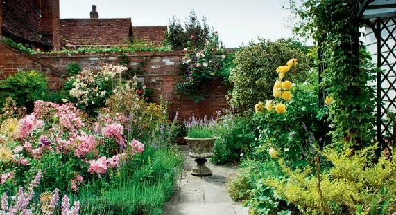 English Cottage Garden Perennials Small Design Ideas And Plants