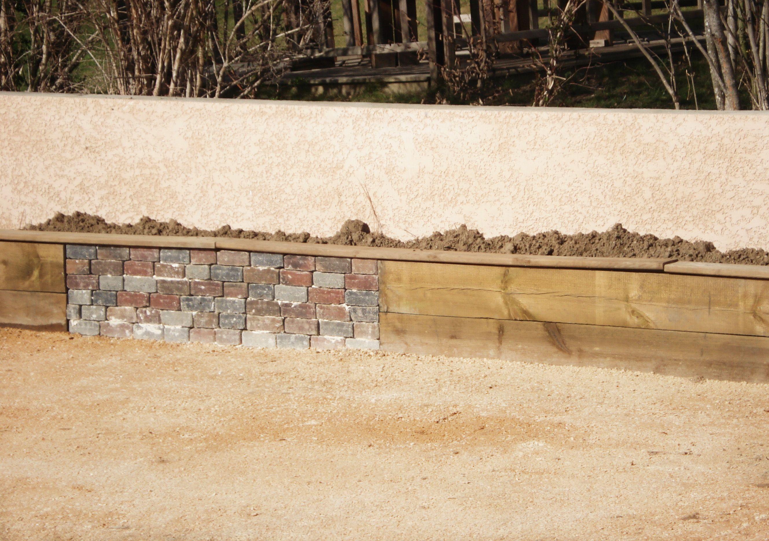 mur en construction alternance de pierre et bois sout nements pinterest sout nement. Black Bedroom Furniture Sets. Home Design Ideas