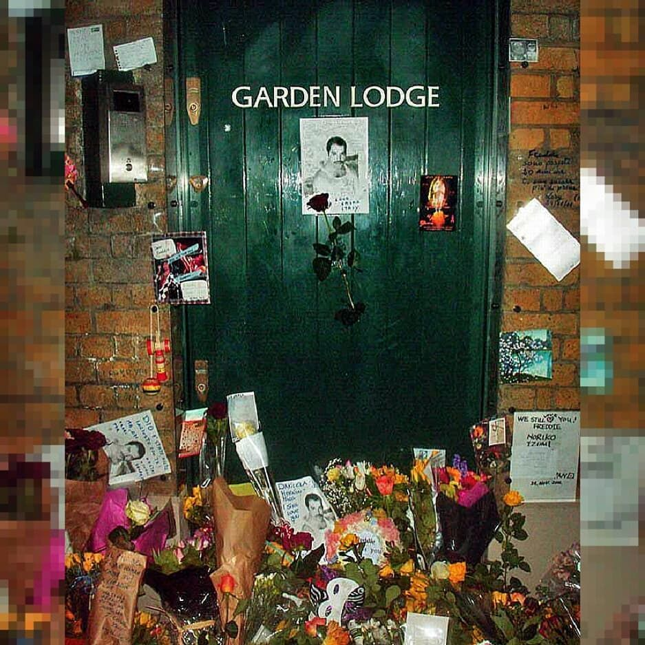 """Garden Lodge💥 . """"Garden Lodge Is Located On Logan Place In"""