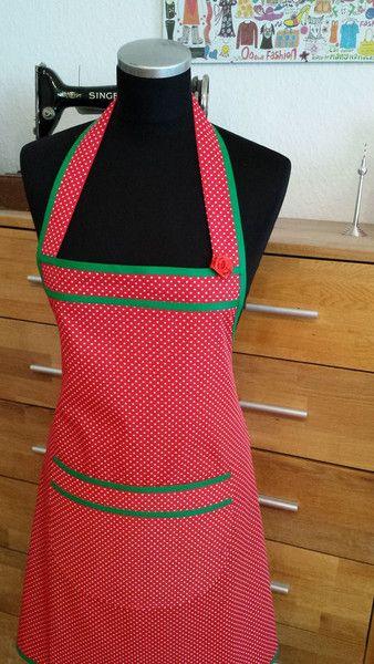 """Schürzen - """"Pünktchen in rot"""" -Kochschürze - ein Designerstück von XBergDesign bei DaWanda"""