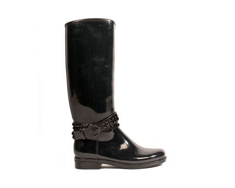Now THESE are some cute Rain Boots!