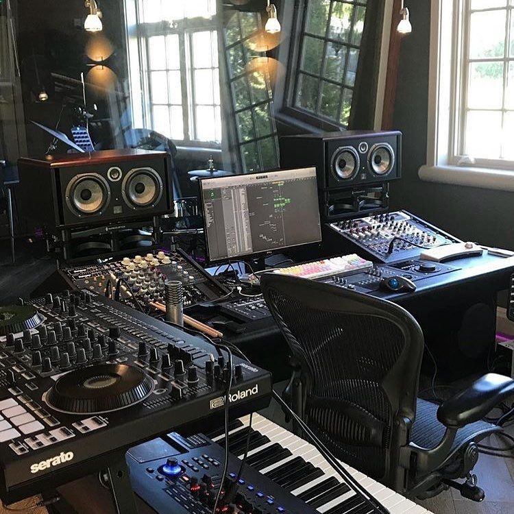 Would You Like To Produce Here Gibson Parker Studio Homestudio Musicproducer Producer Music Music Studio Room Home Studio Music Music Studio