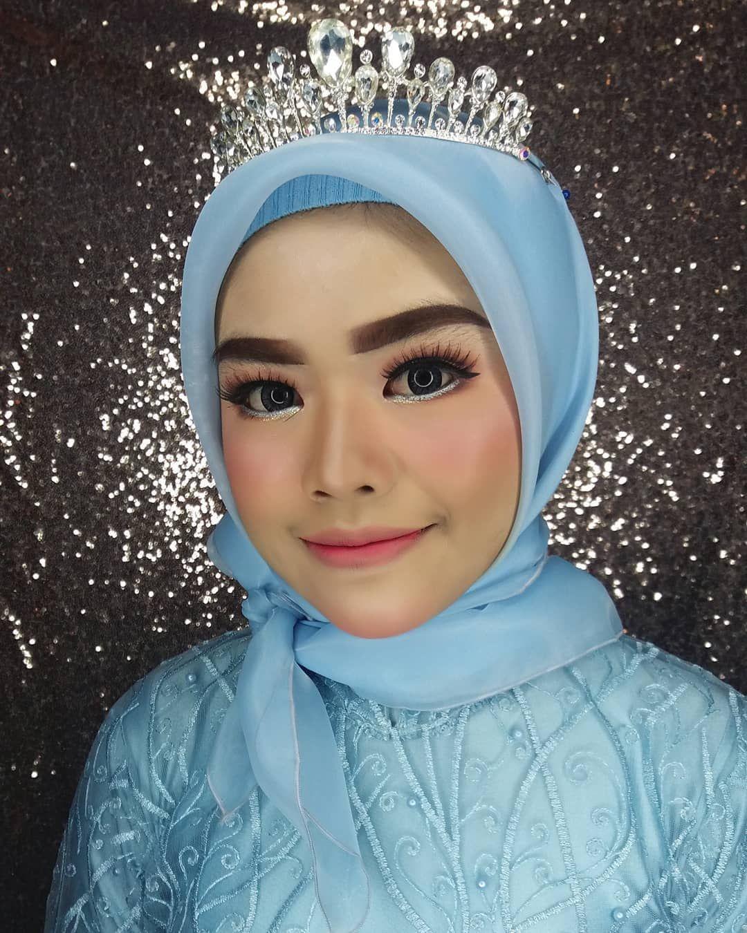 Makeup Wisuda Arissa Sma Turen Makeup Wardrobe By Me Aprilpingky Jl Diponegoro Rt 40 Rw 04 Kanigoro Pagelaran M Wedding Makeup Pre Wedding Wedding