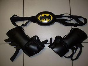 Collectible Thinkway Toys Batman Audible Utility Belt with arm and wrist guards made in 2005.  Only $25