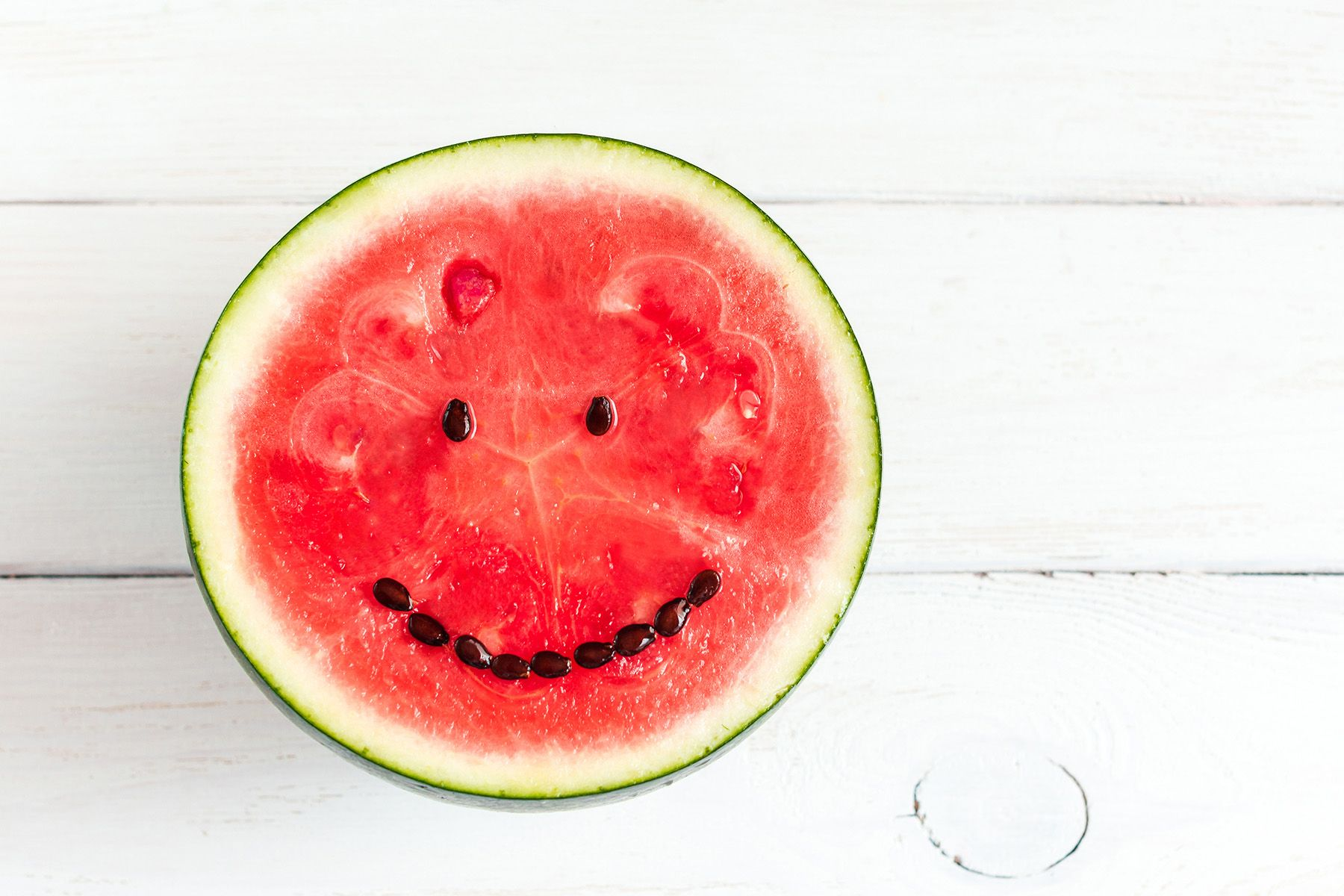 Who else loves watermelon in Summer? 🍉☀️ Anti aging