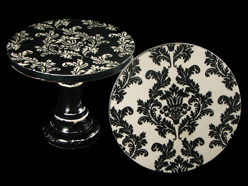 Damask black and white decoupaged vintage look by TandTatelier
