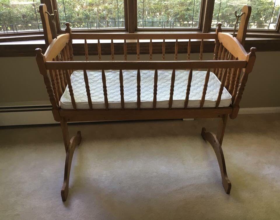 Vintage Wooden Rocking Cradle Baby Bed Swinging Wood Spindle Bassinet