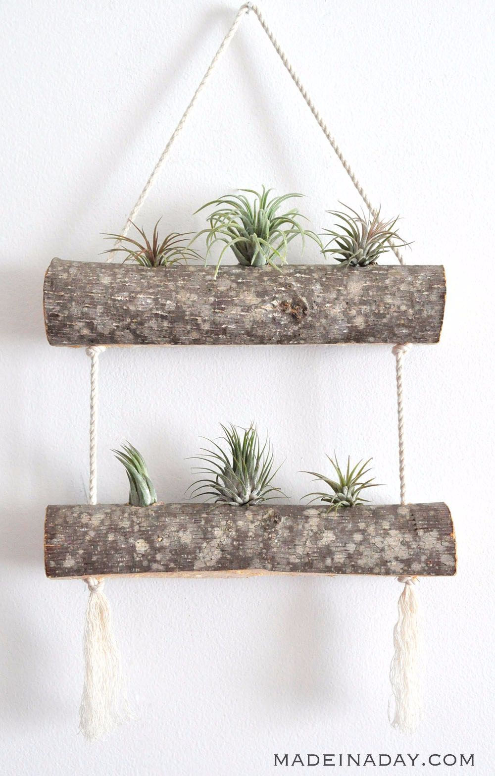 17 DIY plant pots and stands that'll get you ready for spring is part of Plant pot diy, Diy plant hanger, Plant display ideas, Hanging plants, Plant decor, Diy plant stand - Get your green thumb into gear!